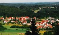 """Schwend, Teilansicht aus Richtung Nord - Bild 3: Ferienwohnung """"Haus Nagelschmidt"""" Region Neumarkt Oberpfalz-Amberg-Nürnberg"""