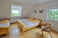 """Das Schlafzimmer der Ferienwohnung """"Pinot"""" - Bild 6: Ferienweingut Scholtes-Hammes"""