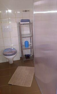 Badezimmer,Dusche,WC,Fenster und Duschwand- - Bild 12: Genießen Sie die Ruhe und das Meer. Ferienwohnung 45qm 2Pers. und Kleinkind