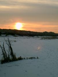 Sonnenuntergang im Winter - Romantik pur... - Bild 24: Ferienwohnung Eggesin auf der Insel Borkum ab 23.10.2016 frei