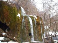 Der Nohner Wasserfall - ein Naturereignis - wird auch im Winter von vielen Bewunderern aufgesucht. - Bild 24: Eifel-Ferienhaus Fliegenpilz - für Ihren Urlaub mit und ohne Hund