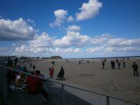 das hat auch seinen Reiz - hier der Strand von Travemünde im Frühjahr - Bild 24: Fewo bis 4 Personen - mit kostenlosem Schwimmbad in Timmendorfer Strand
