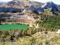 See bei den Alpilles 15 km entfernt vom Ferienhaus bei Plan d Orgon - Bild 39: Ferienhaus in Südfrankreich/Provence mit Pool bei St. Remy de Provence