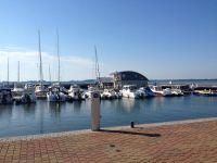 500 m zum Hafen - Bild 12: Insel Rügen EG Ferienwohnung am Wieker Bodden ca. 500 m zum Wasser