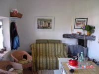 Bild 6: Kleines originelles Rebhaus mit Tierhgehege in der Provence verte