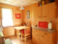 Esstisch in der Küche mit Blick in´s Grüne - Bild 12: Ferienhaus im Grünen für 2 - und 4 - beiner