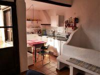 Bild 3: rustikales Ferienhaus aus Naturstein