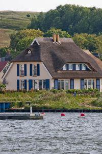 Bild 9: Haus Morgenrot Reet gedeckt (Mönchgut auf Rügen) direkt am Meer