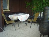 Die Terrasse mit der Sitzgruppe. - Bild 6: Bungalow C bei Blankenburg am Südhang mit Panoramablick