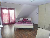 Schlafzimmer 1 - Bild 3: Ferienwohnung A im Ferienhaus Homburger