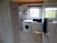 """Bad mit Waschmaschine und Trockner - Bild 9: Familienfreundliche Ferienwohnung """"Leuchtturm"""" an der Nordsee"""