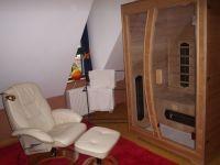 Wellnessraum mit 2 Relaxsesseln, Infrarotkabine ... - Bild 6: Hundefreundliche komfortable Vier-Sterne-FeWo mit Sauna an der Nordsee