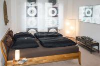 2x2m Bett mit neuen Taschenfederkernmatrazen mit Tempurauflage - Bild 6: Fantastische Wohnung im Zentrum