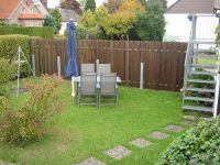 Jede Wohnung hat eine separate Sitz-und Grillecke. Holzkohle und Grill stehen bereit. - Bild 6: Eifel-Mosel ***Ferienwohnung Alte Schmiede I