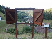 Das Spiel mit der Installation - Fenster - bietet ihnen ganz neue Perspektiven der Sichtweise - Bild 24: Exclusive Studio- Ferienwohnung im Schwarzwald - Hund incl.