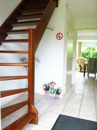 Treppe und Durchgang zum Wohnzimmer - Bild 6: Weihnachten: 5 Nächte stehen, aber nur 3 zahlen! Großes schönes Ferienhaus
