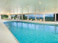 die Einrichtungen im Hotel können mitbenutzt werden, wie z.B. das Hallenbad, Sauna, Solarium - Bild 9: entzückendes Domizil mit eigenem eingezäunem Garten in Südtirol