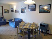 Die Sitzgruppe im Wohnraum. - Bild 6: Cabiana Residence - 6 Pers.- Ferienwohnung am Gardasee mit Seeblick