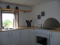 mit Blick auf die Küchenzeile - Bild 6: Ferienwohnung außerhalb Fjerritslev nahe der Jammerbucht an der Nordsee