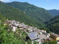 Feriendorf Orasso im Sommer - Bild 3: Ferienwohnung I im Cá Árbul (Valle Cannobina in Italien/Lago Maggiore)