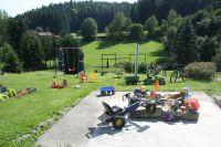 Kinderspielbereich mit Sandkasten, Trampolin, Schaukel u.v.m. - Bild 12: Ferienidylle Eder 5 Sterne DTV / Bayerischer Wald