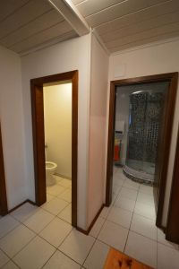 Das WC ist natürlich ein getrennter Raum - Bild 9: Bungalow 1 Familie Eberl Kärnten