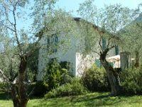 Bild 3: Ferienhaus LAURA in Malcesine in einem 2500 m² großen Olivenhain