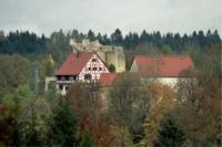 Das große Lautertal bietet eine vielzahl an Burgen und Ruinen, zum Teil Bewirtet. - Bild 12: Ferienunterkunft für 2 Personen, mittlere Schwäbische Alb, ländlich.
