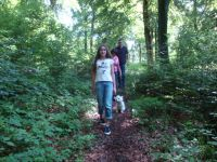 Eine reizvolle und abwechslungsreiche Landschaft bietet die Traumschleife Schanzerkopf-Tour entlang unberührt wirkender Wiesen und Wälder auf 15,4 km Länge. Der Weg stellt leichte Anforderungen, denn es sind nur 180 Höhenmeter zu überwinden. Die Wanderung wird im Uhrzeigersinn empfohlen.     Start- und Zielpunkte sind die Parkplätze am Argenthaler Waldsee und am Schanzerkopf. - Bild 15: Ferienwohnung Sonnet im Naturpark
