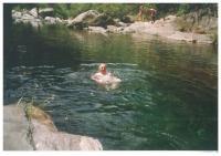 Gumpe im Orasso-Bach, in 20 Minuten durch Abstieg erreichbar - Bild 15: Sonnig und ruhig gelegenes Ferienhaus in Orasso (Cannobiner Tal)
