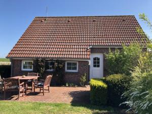 Urlaub im Friesenhaus Rose-Cottage in Greetsiel für max. 4 Personen.